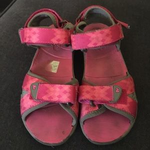 Merrell youth sandals